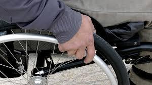 disabile carrozzina