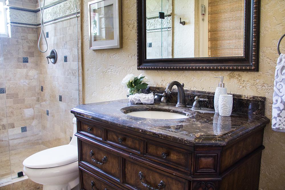 Come migliorare l\'aspetto del vostro bagno di piccole dimensioni