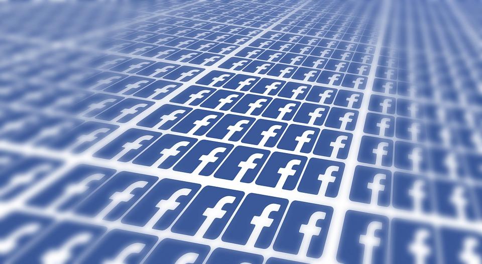Azioni Facebook, conviene ancora investire dopo lo scandalo Cambridge Analytica?