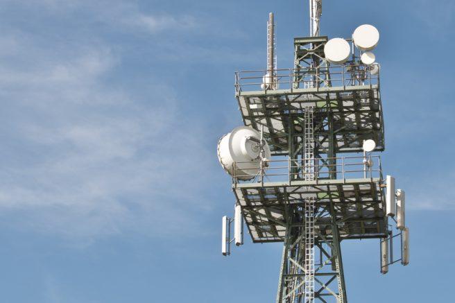 8 radio-masts-gcfde126f6_1920